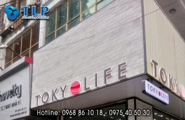 bien quang cao shop tokyo life