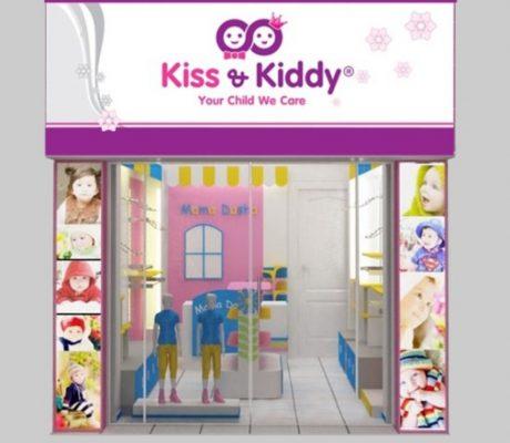 Làm biển quảng cáo shop trẻ em phù hợp với loại hình kinh doanh