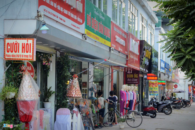 mo-hinh-dong-phuc-quang-cao-4