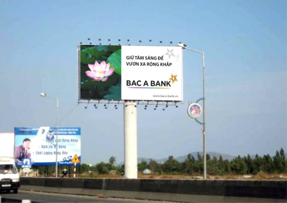 tự thiết kế biển quảng cáo