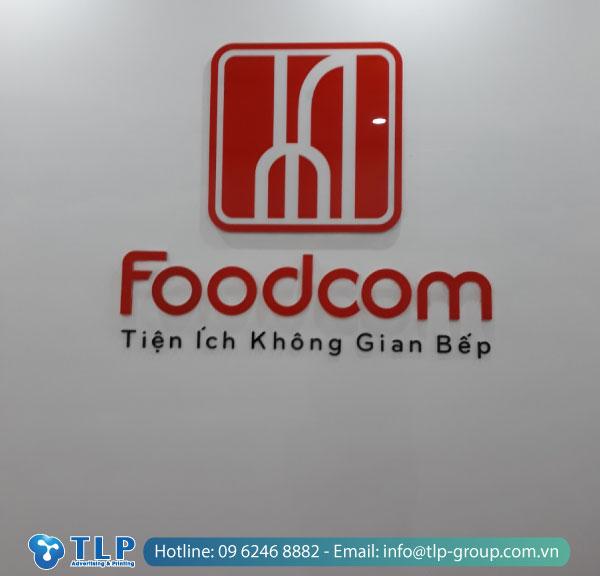 backdrop-le-tan-foodcom